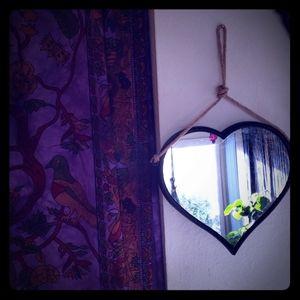 3 heart mirrors